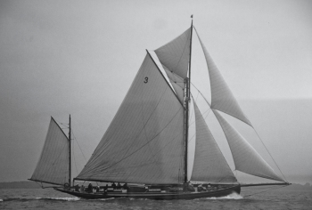 Racing in 1902 - Coral was originally a Yawl