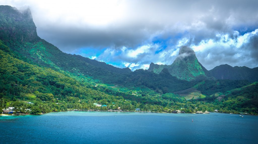 south pacific, luxury private yacht charter, french-polynesia, Moorea